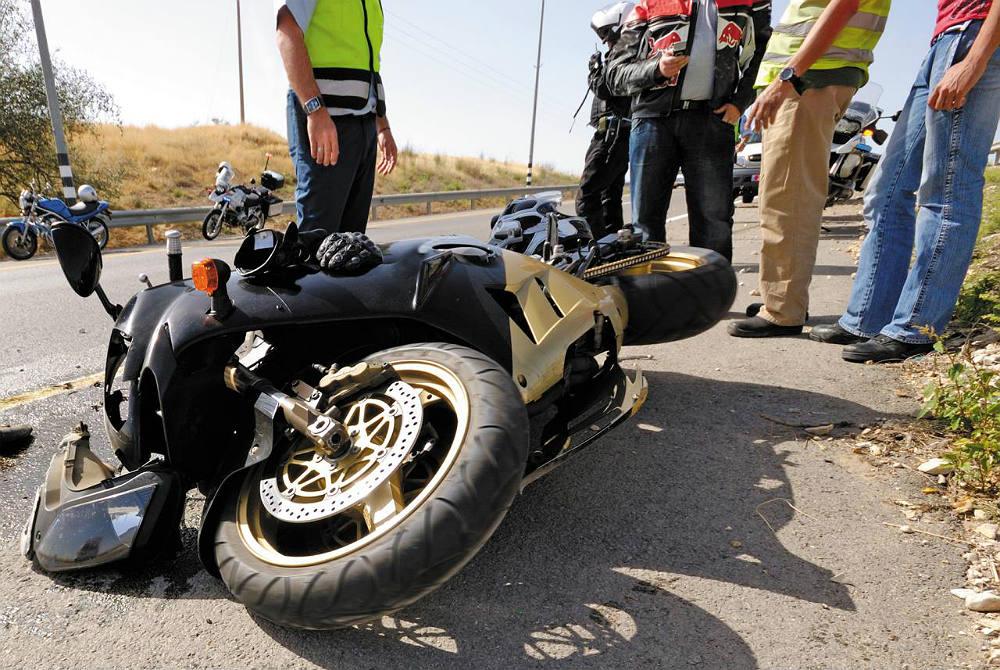 Los Mejores Abogados en Español Para Mayor Compensación en Casos de Accidentes de Moto en Anaheim California